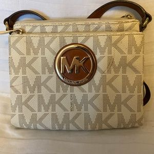 White Logo Michael Kors crossbody